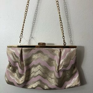 Lilly Pulitzer Bags - Lilly Pulitzer small crossbody pink and gold